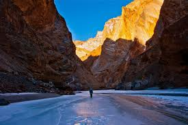 Ladakh, Zanskar River,  India Adventure Tourism - Entrepreneur-sme.asia